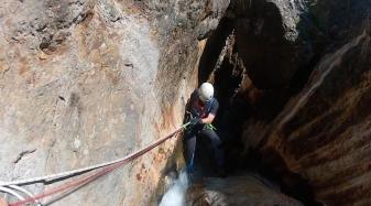 Barranquismo en Guara en el cañón del Formiga